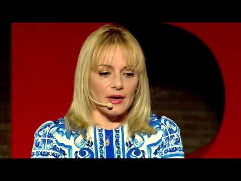 Migrant Offshore Aid Station: a mission of hope | Regina Catambrone | TEDxPompeii