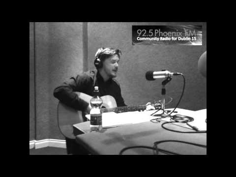 Declan Snowden interview and live songs - Phoenix 92.5