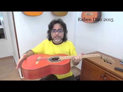 Italian Aquila Rubino strings (stringsbymail.com) a concept out of the box / Flamenco Ruben Diaz