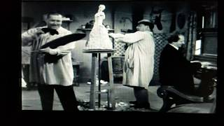 The Three Stooges - The Lollipop Song