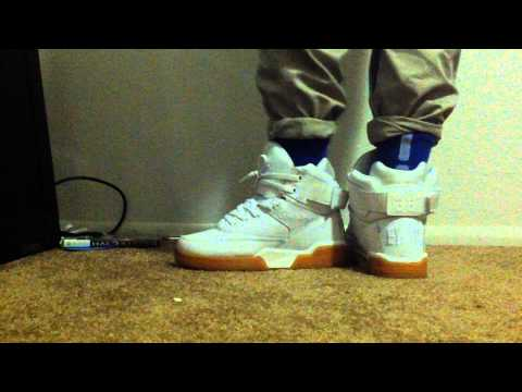 Ewing 33 White Gum Hi On foot