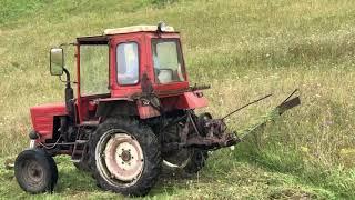 Трактор т 25 в поле   Самодельная жатка или косилка