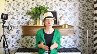 Helping Women Who are Discouraged Learn Piano Online