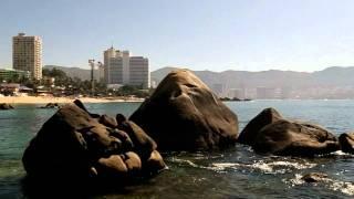 Video playa La Condesa Acapulco.