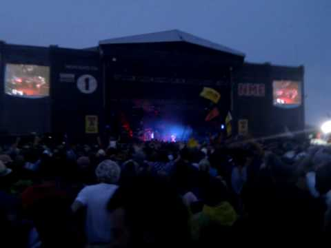 Prodigy playing T in the Park 2010