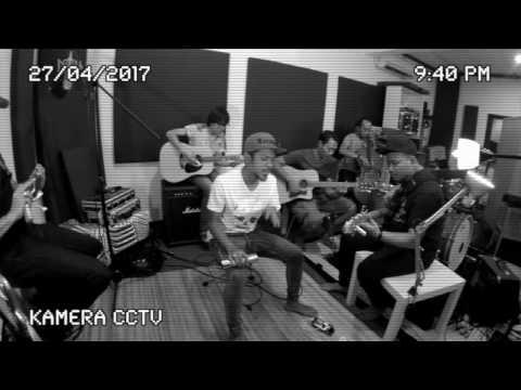 Hazama    Aku Yang Sebenar [Versi Akustik]