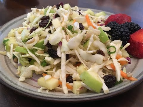 eat-to-live-(day-12)---cabbage-and-green-apple-salad-with-ginger-vinaigrette