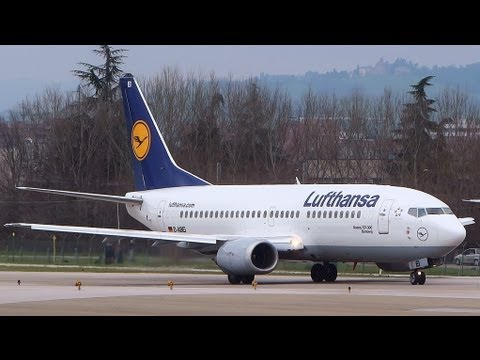 1 hour of Plane Spotting at Bologna G. Marconi Airport / April 1 2013