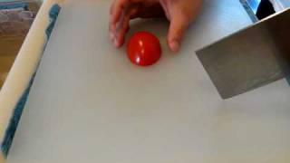 Draw Cut with a Tomato