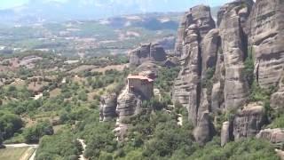 Метеоры, Греция / Meteora, Greece / Μετέωρα(Святые Метеоры в Греции - одно из самых впечатляющих мест на планете. На видео представлены: Преображенский..., 2016-07-30T14:06:13.000Z)