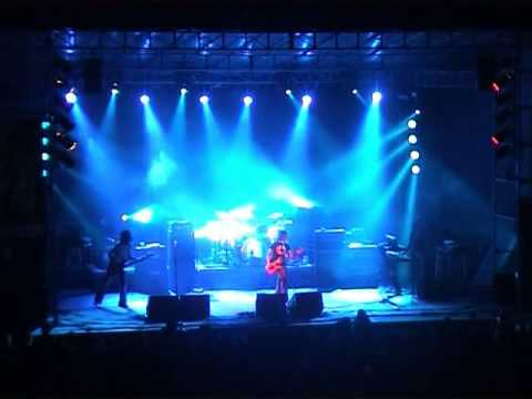 Population 1 - Live at Maré de Agosto Festival, Santa Maria, Azores 2004-08-22
