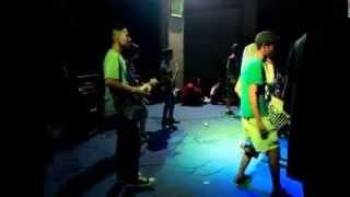 Boots Khalifah - Sepanjang Jalan Kenangan (reggae)