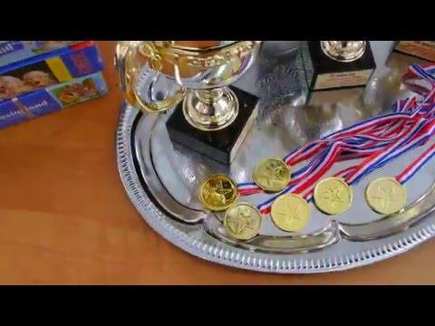 ФОК Кристал. Кубки, призы, дипломы и медали соревнований Папа, мама, я - спортивная семья 2016