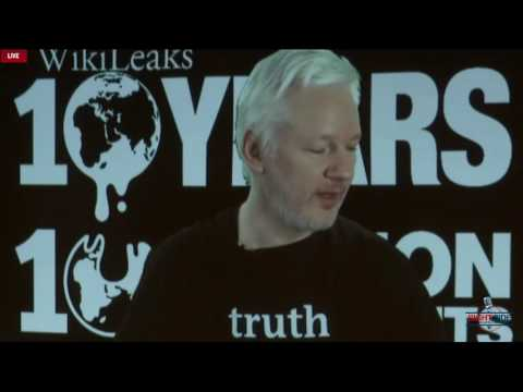 Julian Assange: First 'October Surprise' Release on Clinton Will Come This Week