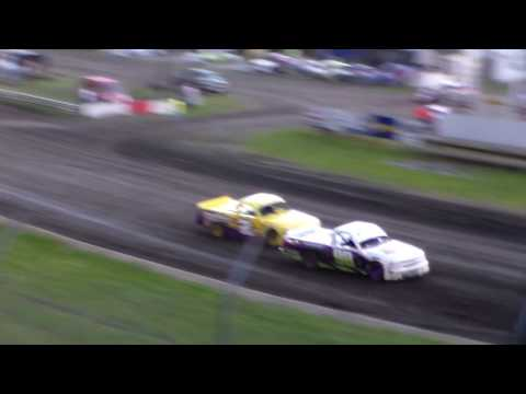 Dirt Truck Heat 2 @ Hamilton County Speedway 06/03/17