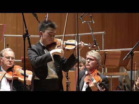 2016 Prizewinners' Orchestra Concert - Ziyu He (China)
