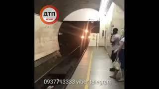 Малолетки в киевском метро