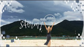 Hooping Flow: Mountains before a Storm