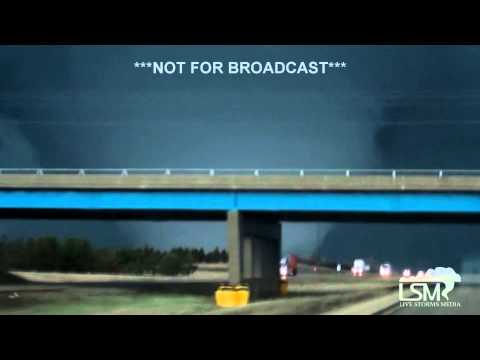 4-9-15 INCREDIBLE Rochelle, Illinois Tornado