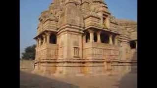 Супер! Индуистский храм в Индии(20-дневное путешествие по Центральной Индии. Незабываемые впечатления! Мы посетили Дели, Агру (Тадж махал),..., 2014-03-04T20:28:08.000Z)
