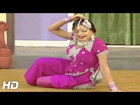 HAR PASEY DHOL VAJDEY - PAKISTANI MUJRA DANCE