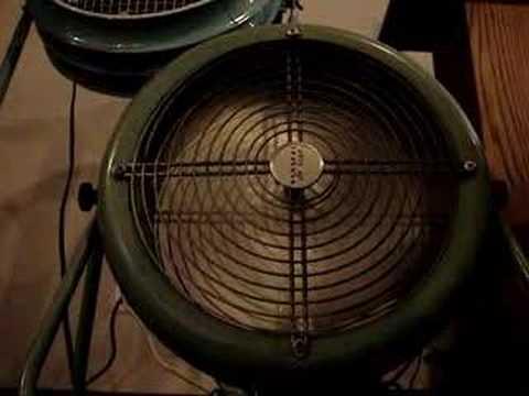 "Vintage 12"" Aqua GE Electric Fan 1250-1   ---L1"