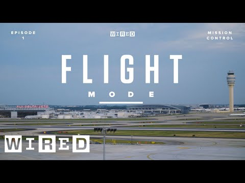 Inside the NASA-Inspired Room That Guides 5,000 Airplanes | Flight Mode | WIRED