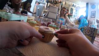 Cupcake Decorating Lesson in London (30 sec review)