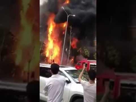 Cháy lớn 3 quán karaoke và 1 quán cafe liên tiếp tai Trần Thái Tông, Cầu Giấy