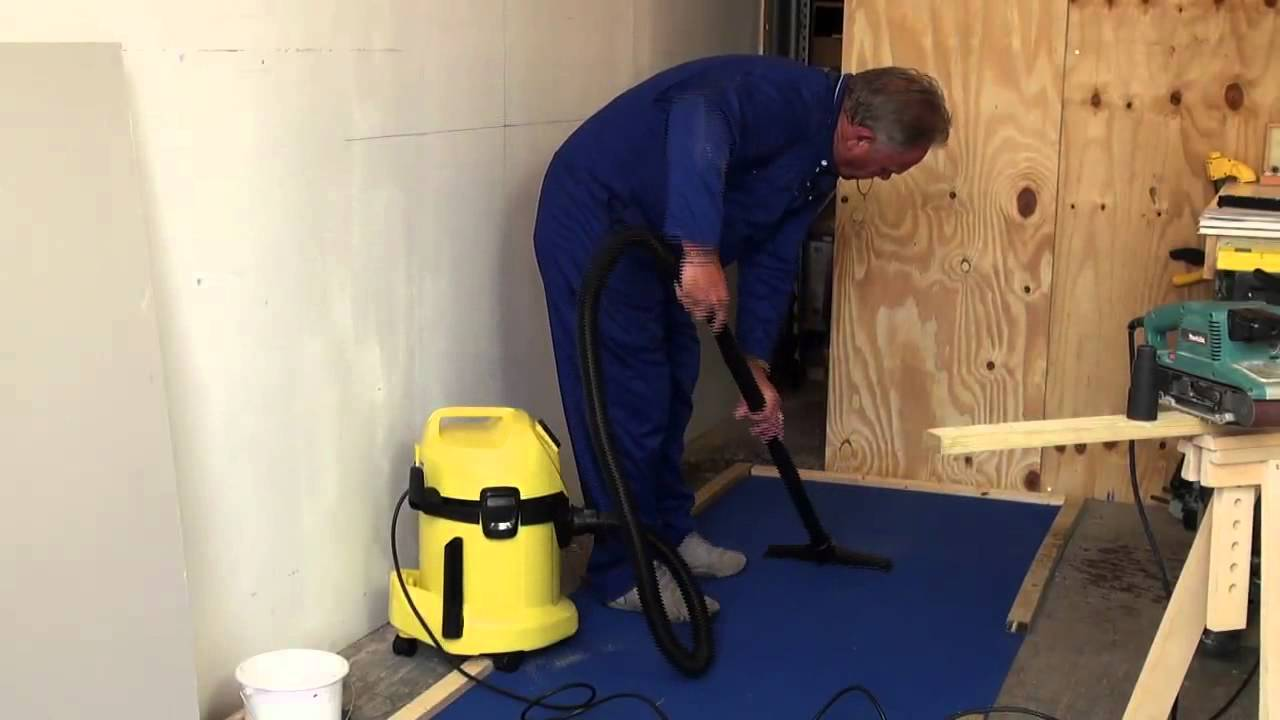 Karcher WD 3500P Vacuum Cleaner Review - YouTube