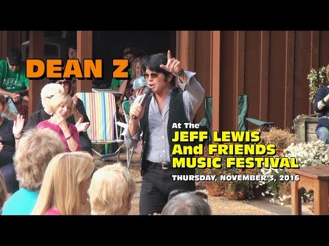 Dean Z In The Courtyard - Jeff Lewis And Friends Music Festival 2016