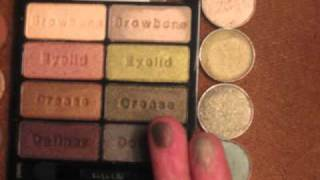 New Wet 'n Wild 8 Eyeshadow Palette & MAC dupes Thumbnail