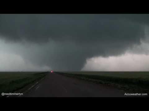NEW: large wedge tornado southwest of Scott City, KS!