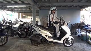 ヤマハ:マジェスティS参考動画:営業カバンが置きやすいバイク