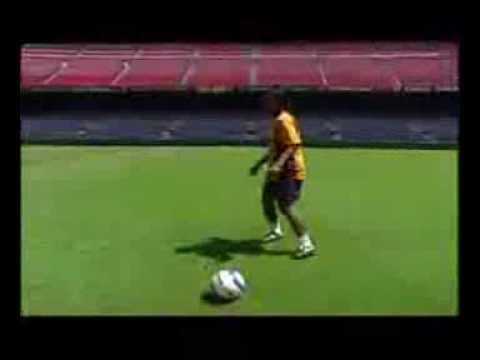 K Thu t Ronaldinho Ðang c p nh t Ky Thuat Ronaldinho dang cap nhat