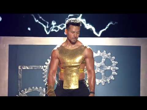 Tiger Shroff Dance Performance (Star Screen Awards) 2017