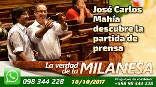José Carlos Mahía descubre la partida de prensa.