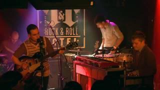White Rabbits - Percussion Gun (Live in HD)