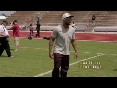 Earl Thomas Gets Back to Football