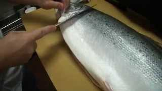 How To Fillet a Whole Salmon - How To Make Sushi Series(Master Sushi Chef Hiro Terada shows you how to fillet a whole Scottish Salmon with ease. The main thing is to of course start with a very sharp knife. You'll also ..., 2014-03-02T00:44:19.000Z)