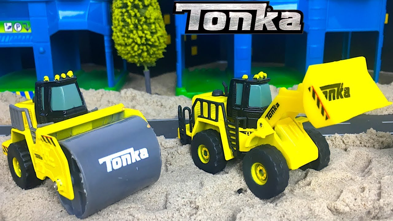 UNBOXING TONKA DIECAST CONSTRUCTION CREW WITH MIGHY MACHINES