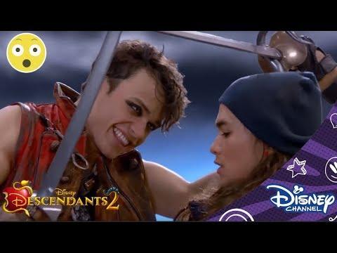 Descendants 2 | Vechten tegen Piraten | Disney Channel BE