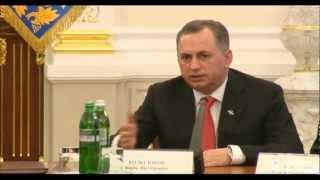 Приветственная речь В.Януковича и Б.Колесникова