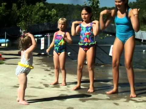 Head, Shoulders, Knees and Toes - Cedarmont Kids