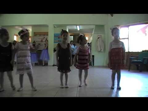 Bailarinas De Corazon Prof. Martina GODOY- CLUB DE DIA Nov.2013 Años 20