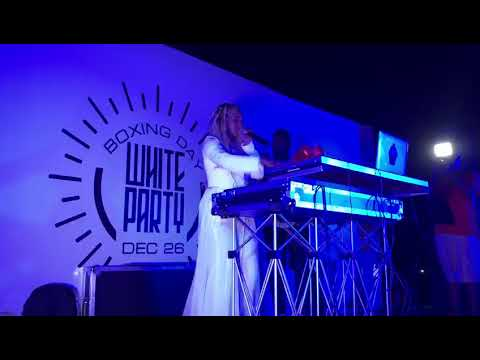 DJ Cuppy LIVE with Green light ft Tekno