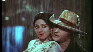 Aaku chatu Full Video Song || Vetagadu Telugu Full Movie || NTR, Sridevi