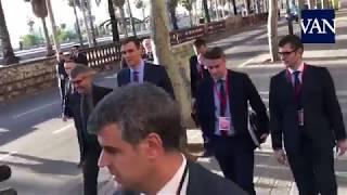 [BARCELONA 21D] Paseíllo de Pedro Sánchez hacia la Llotja de Mar