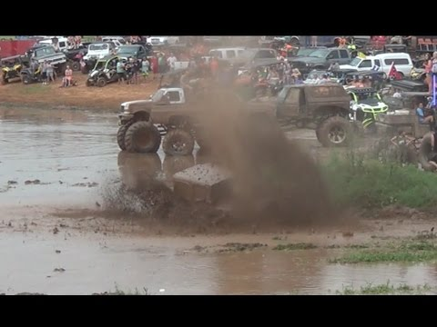 TGW Mudfest 2017 Jeep with a MOTOR!! Colfax Mud Pit