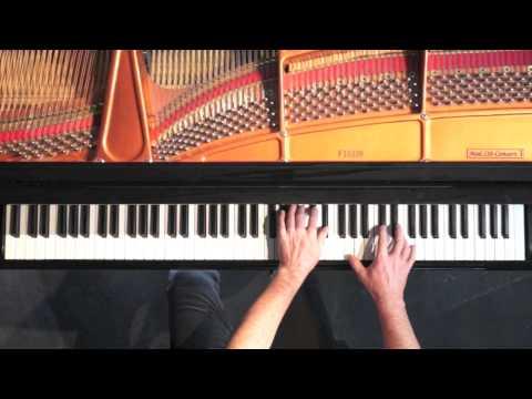Intermezzo No.1 Manuel Ponce - P. Barton, FEURICH 218 piano